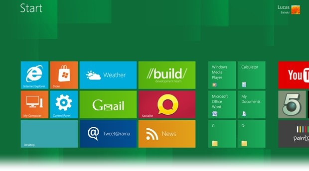 Windows 8 Start Screen Full.