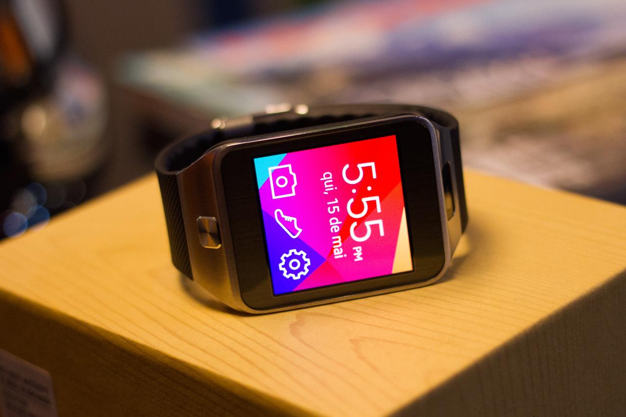 b1dfb77a4e9 Review  smartwatch Samsung Gear 2  vídeo  - TecMundo