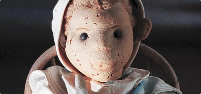 Conheça Robert, o boneco possuído que assombra os americanos há 100 anos -  Mega Curioso