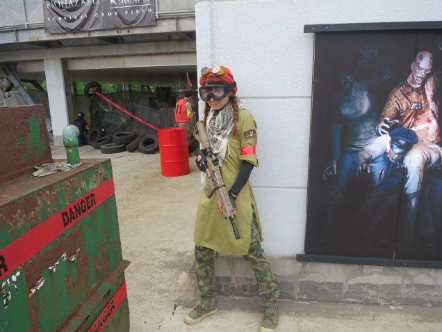 """No Japão, você pode jogar Resident Evil da """"vida real"""""""