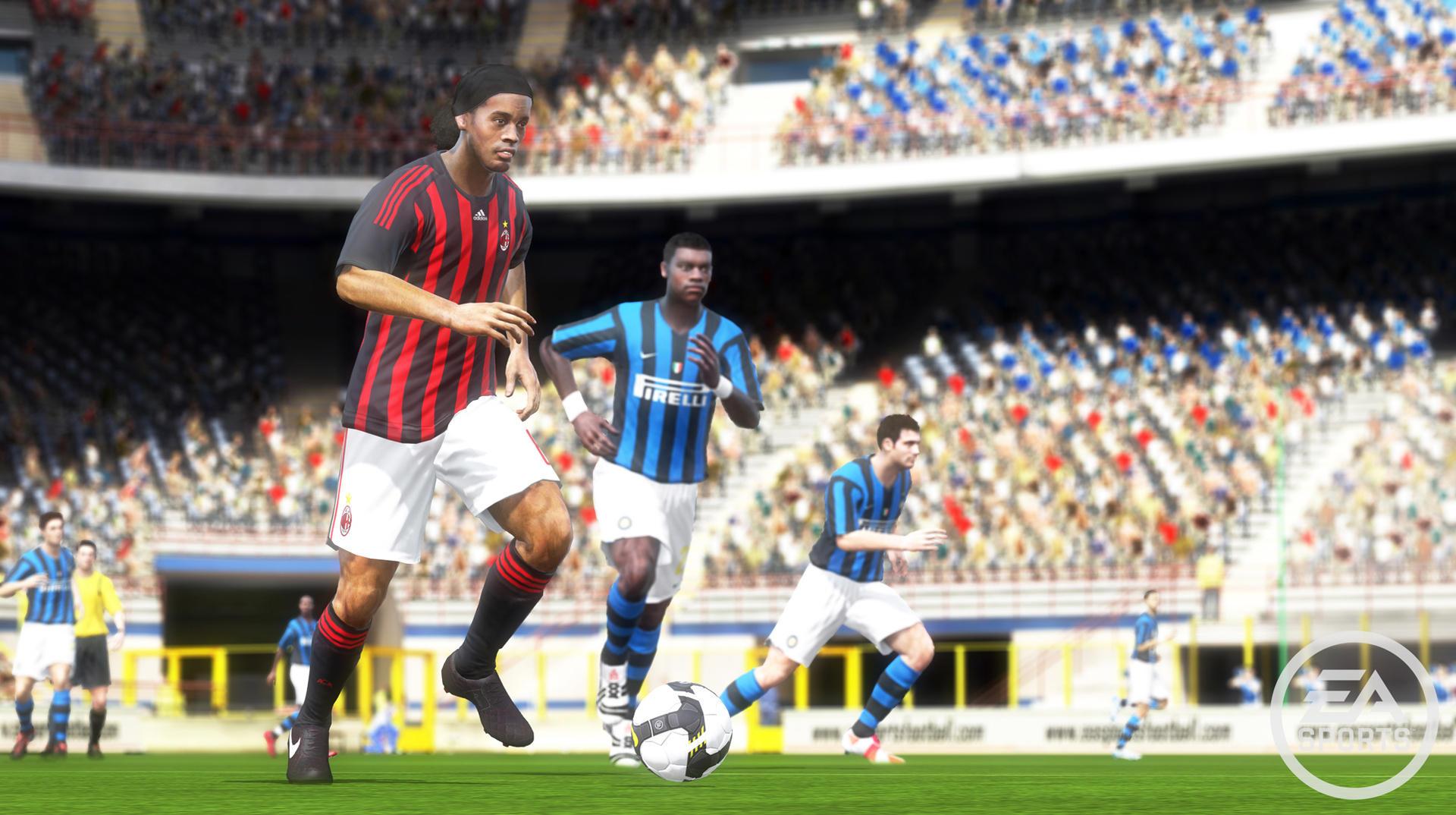FIFA 10 (2009) (Xbox 360, PS3, Wii, PC, PS2, PSP, DS, iOS e Android) | Capa: Theo Walcott, Frank Lampard e Wayne Rooney | Narração e comentários: Martin Tyler e Andy Gray