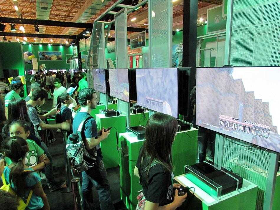 Missão BGS 2014: conquistando as filas da Microsoft e observando os fãs