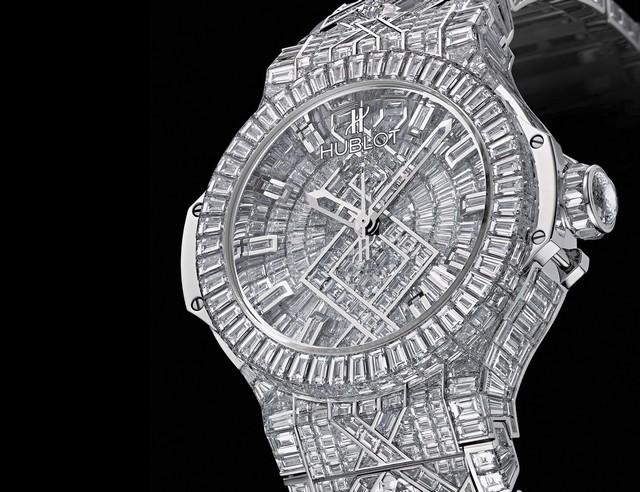 129cb8d2ba1 A peça acima está mais para uma joia do que para um relógio! De fabricação  suíça