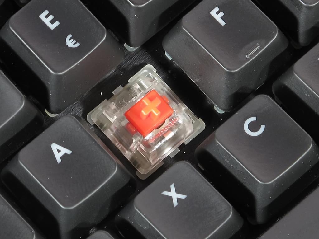 13 efeitos muito loucos para criar com o teclado Corsair K70
