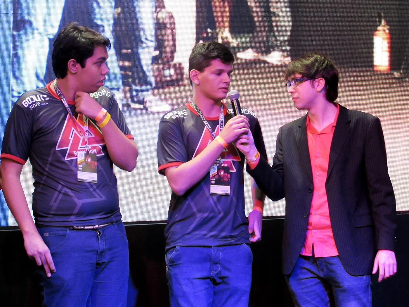Quatro times disputam finais de Smite na CCXP e vencedores levam R$ 70 mil