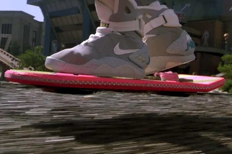 """Nike de """"De Volta Para o Futuro II"""" com cadarço eletrônico chegará em 2015"""