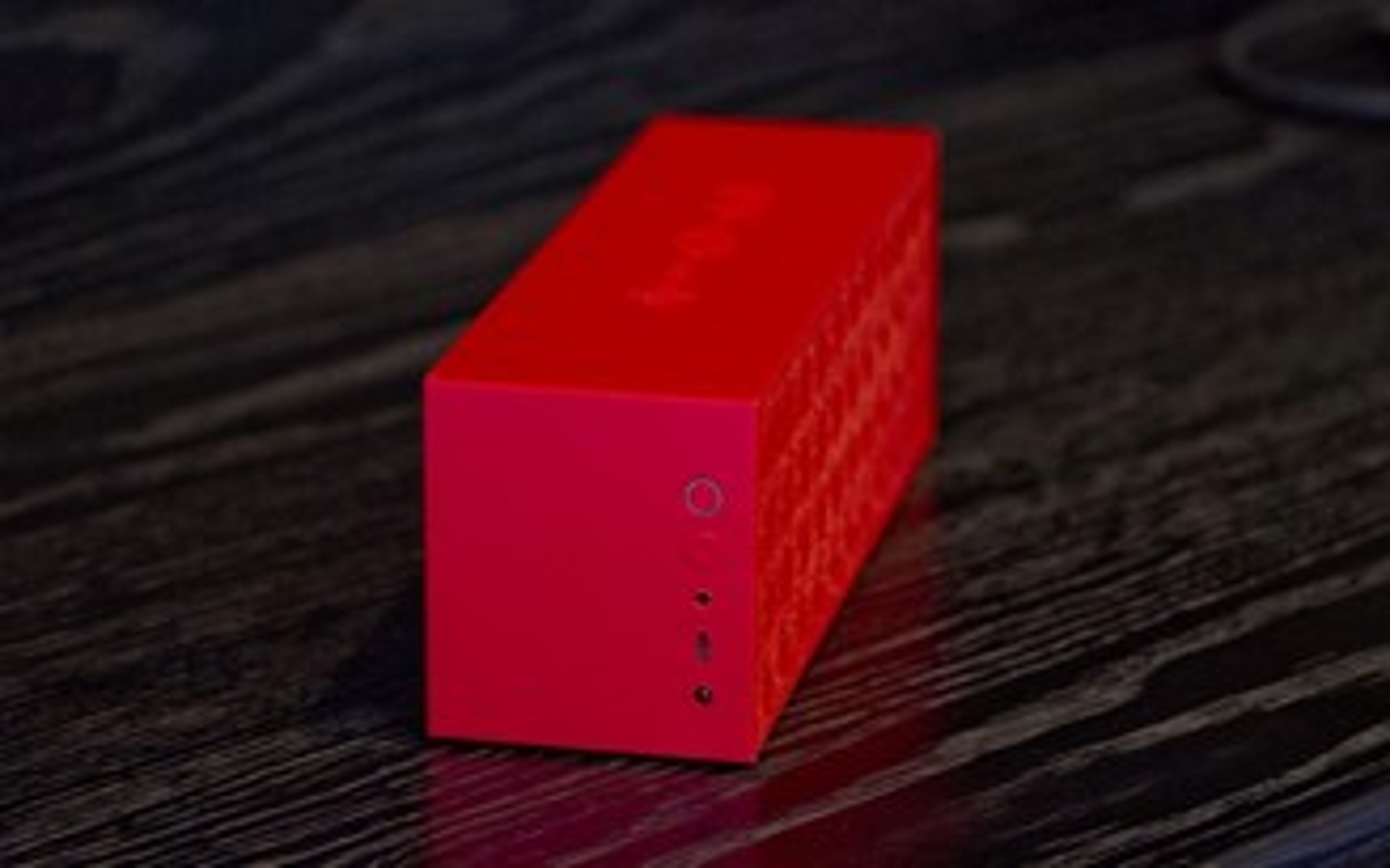 Review: caixa de som Bluetooth Jawbone Big Jambox [vídeo