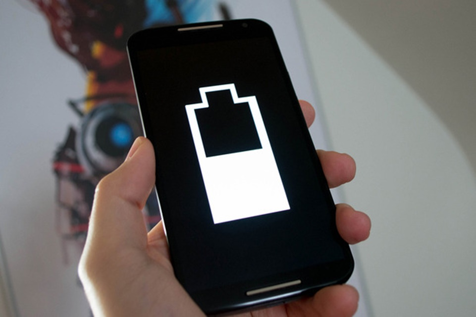 cdca34f7325 Mito ou verdade  wallpaper escuro ajuda a economizar bateria do celular  -  TecMundo