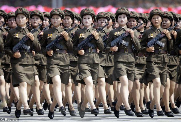 Guarda Juju: os uniformes militares mais bizarros que