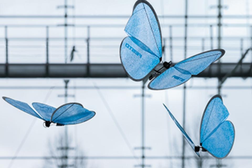 Empresa cria borboletas robóticas que voam de forma realista [vídeo]
