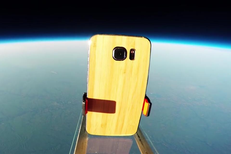 O teste de queda definitivo: Galaxy S6 é arremessado do espaço