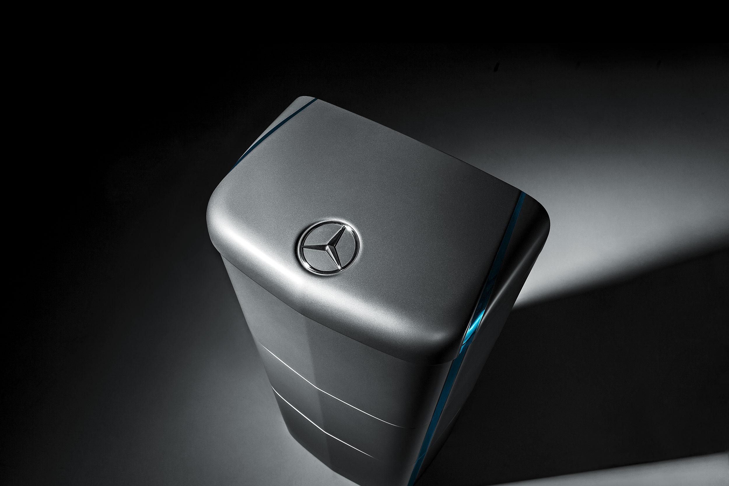 Mercedes benz est lan ando bateria para abastecer casas e - Bateria para casa ...