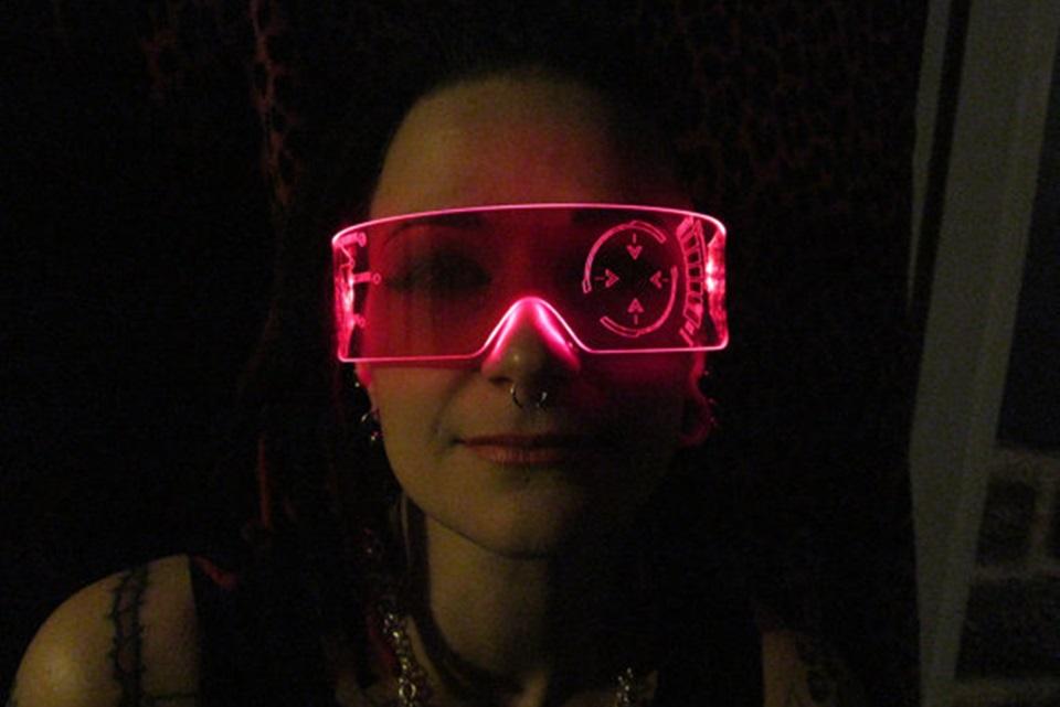 14021d59a Transforme-se no Homem de Ferro com esses óculos estilosos [galeria] -  TecMundo