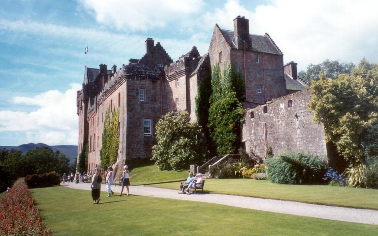 Descubra os 23 castelos mais bonitos da Europa - Mega Curioso