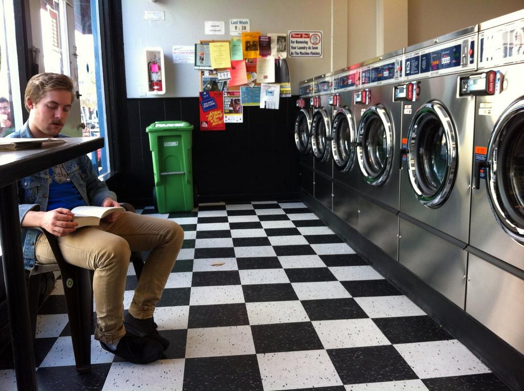 09173917082592 Con qué frecuencia usted debe lavar su ropa?