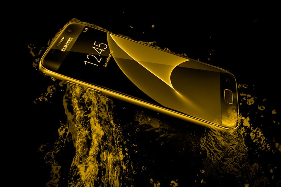 4104593169a Luxo puro! Conheça o Galaxy S7 e o S7 Edge banhados a ouro 24K - TecMundo