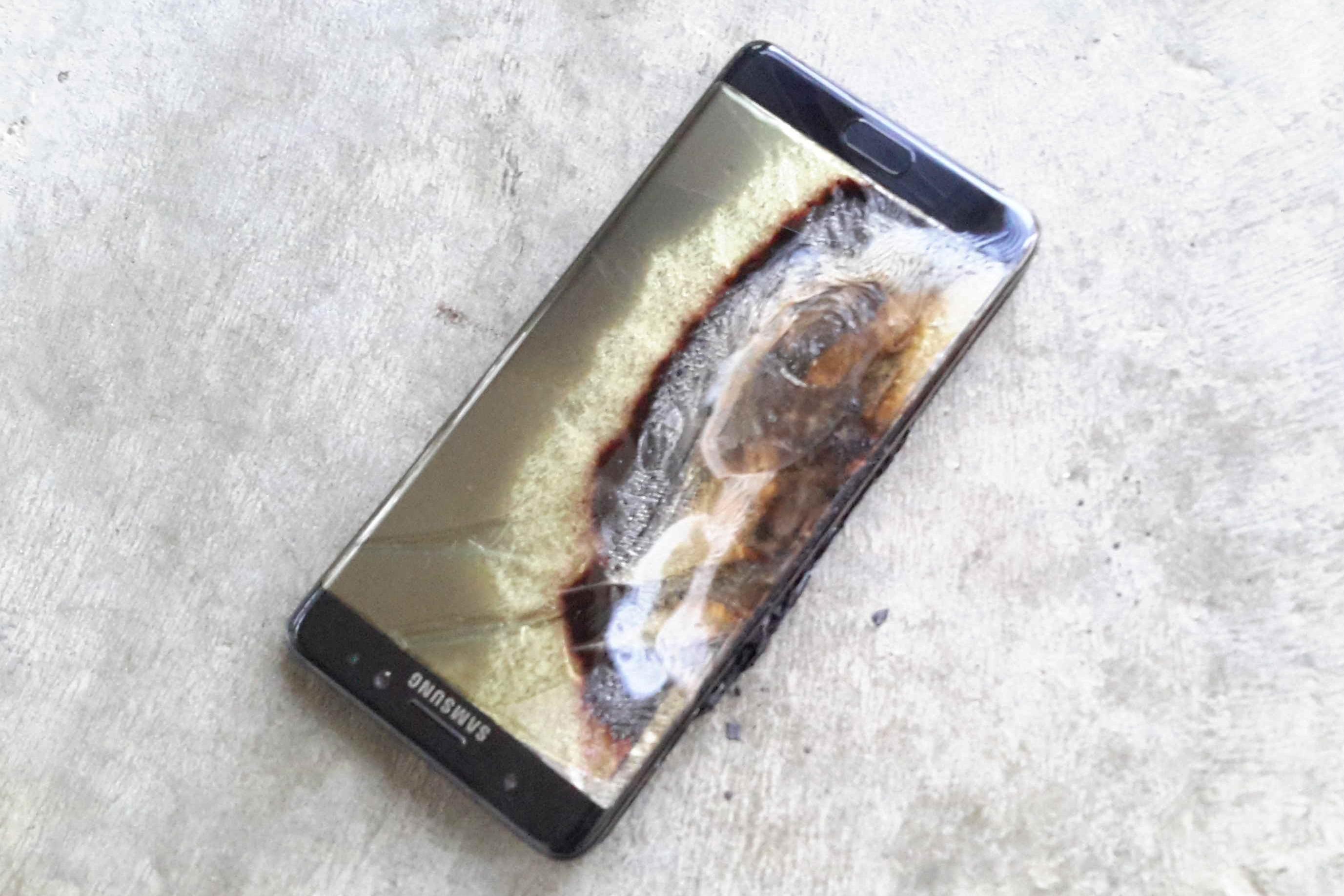 Samsung joga a toalha: desliguem agora e parem de usar o Galaxy Note 7