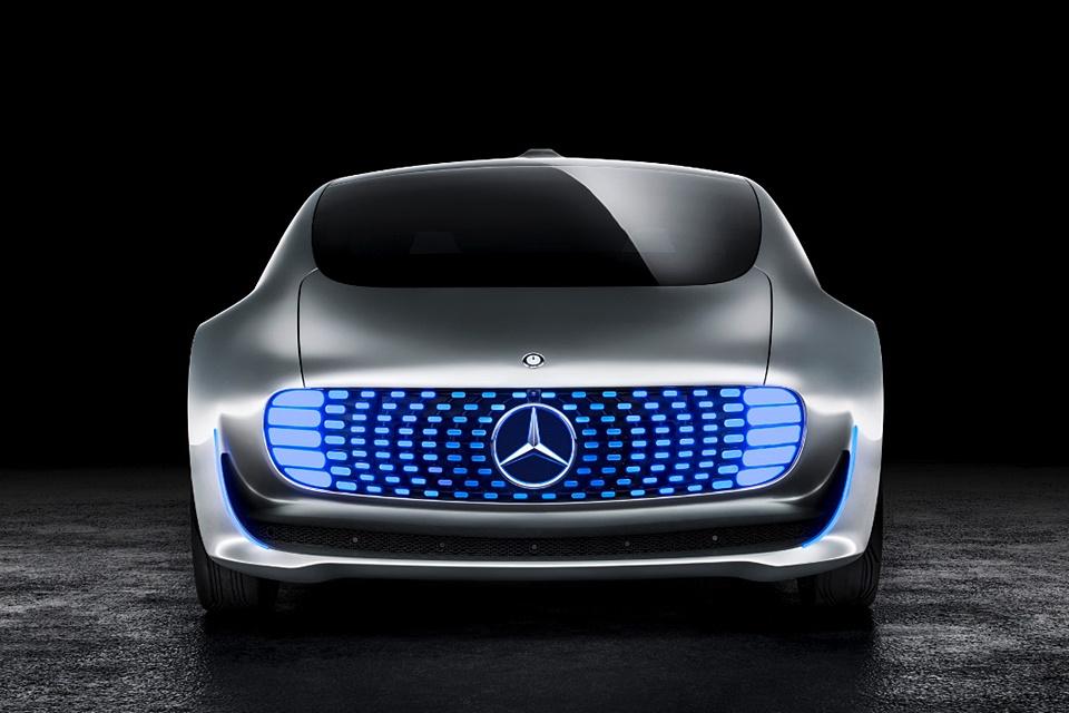 Sim, o carro autônomo da Mercedes vai atropelar VOCÊ para salvar condutor
