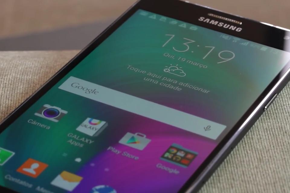 da4623e15c4 Novo Galaxy A7 pode ter resistência à água e câmera frontal de 16MP