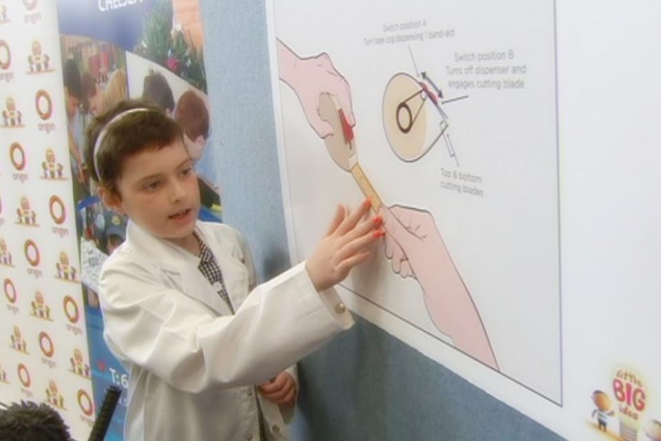 5d130d740f8 Garota com leucemia inventa distribuidor de curativos e vai à NASA