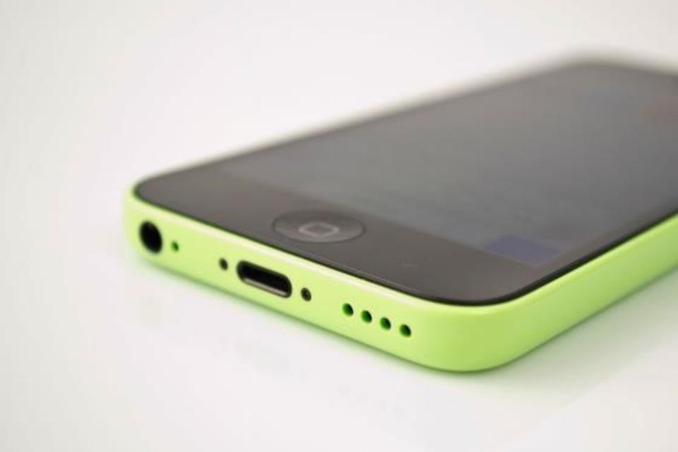 f8b07b33bad Será que ainda vale a pena comprar um iPhone 5C