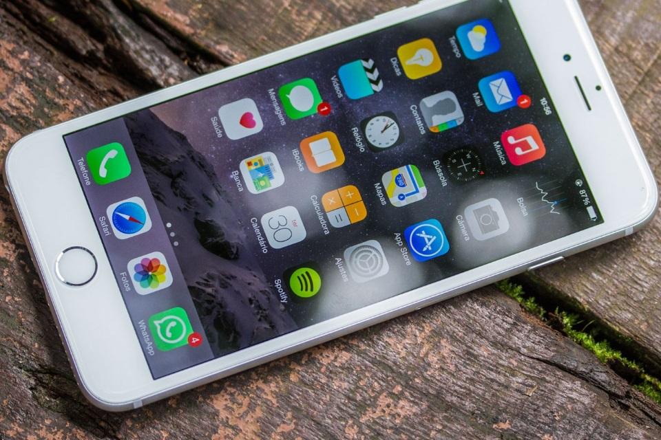 82be7fe74e5 Apple lança programa para corrigir  telas doentes  do iPhone 6 Plus