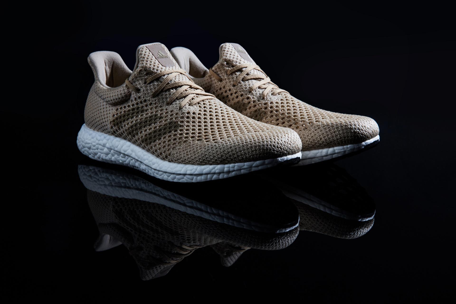 67e9a432a65 Adidas lança primeiro tênis de performance criado com fibra biodegradável