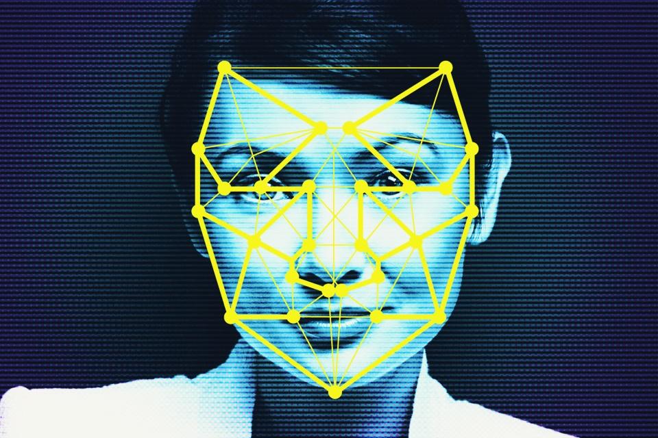 Abre o olho! Asiático tem foto de passaporte negada por erro de algoritmo