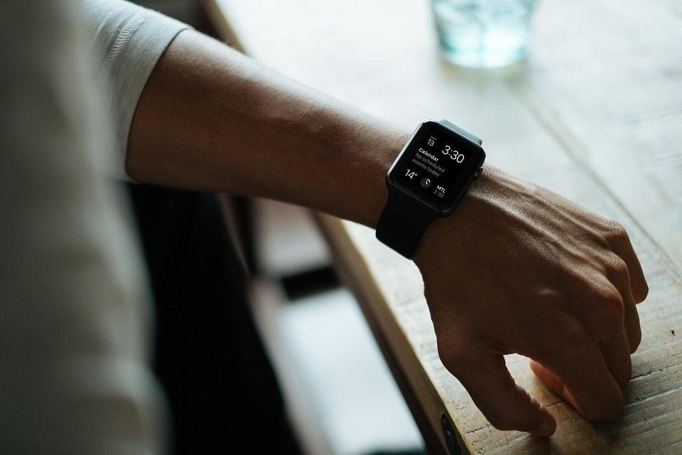 Guia de compras 2016: os melhores smartwatches para comprar no fim de ano