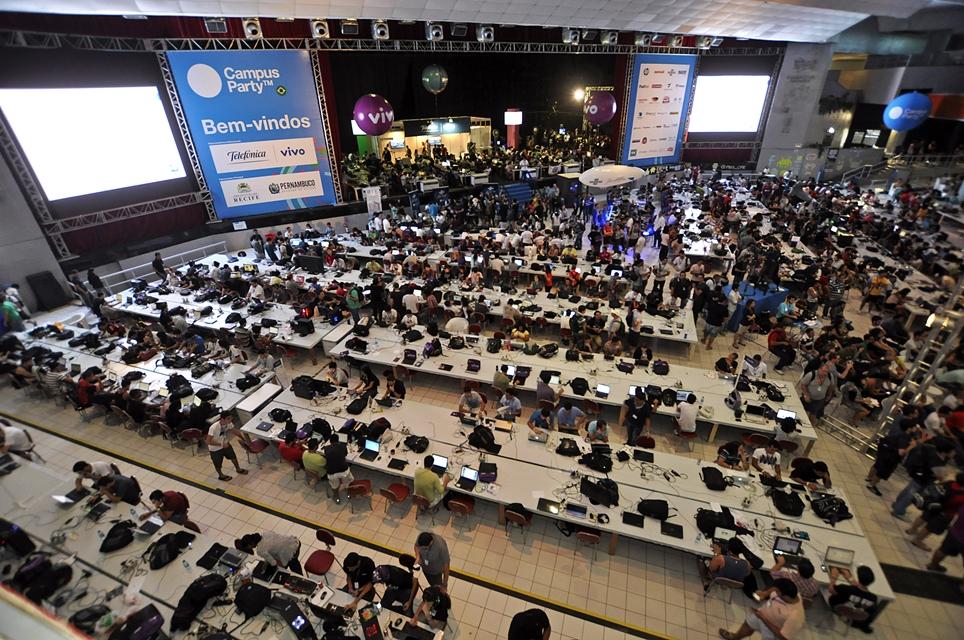 Confira as novidades da 10ª edição da Campus Party Brasil em 2017