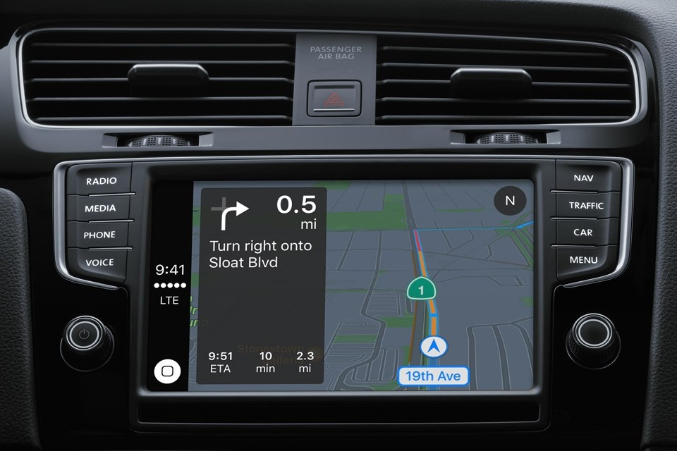 Sistema CarPlay da Apple já está disponível em mais de 200 carros