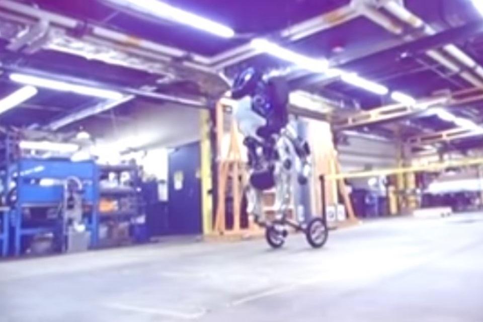 Corre! Novo robô 'Handle' da Boston Dynamics é veloz e pode até saltar