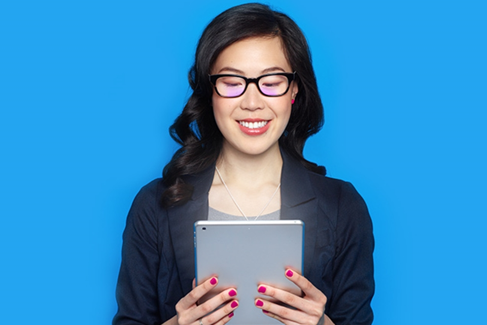 Empresa lança óculos que reduzem cansaço visual causado por telas - TecMundo 239897b22a