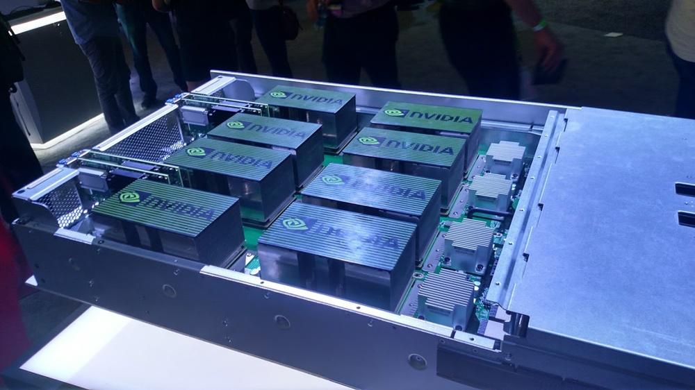 Supercomputador DGX-1V da NVIDIA oferece o mesmo poder de 800 CPUs para IA