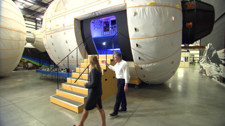 Parceiro da NASA diz estar convencido de que há aliens vivendo entre nós