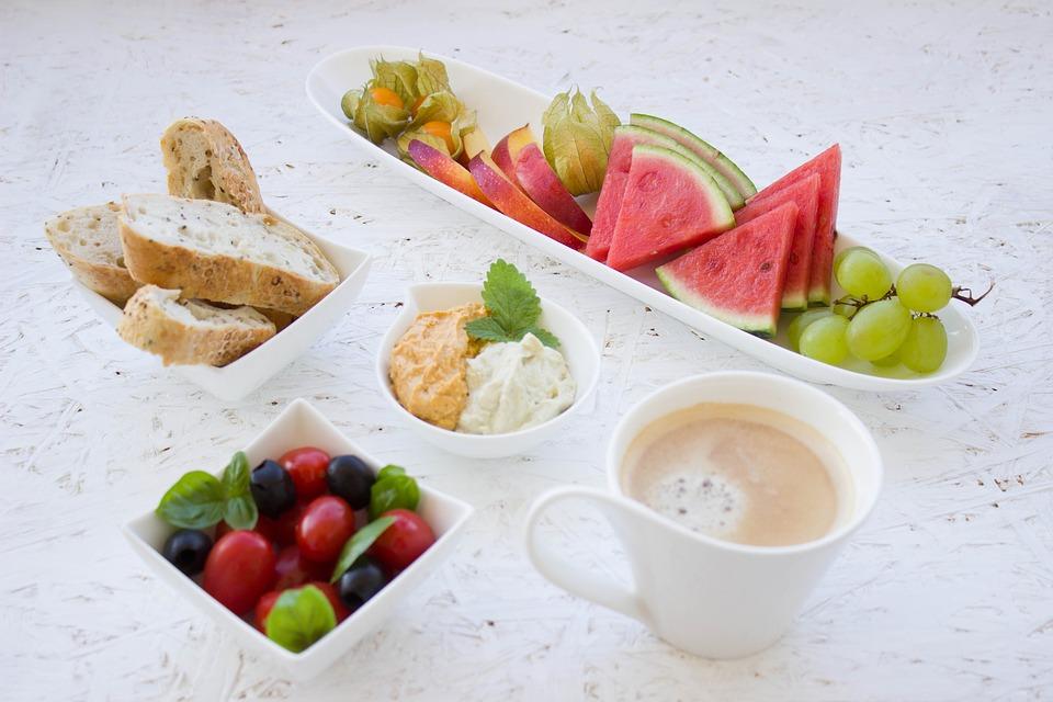 café da manhã farto