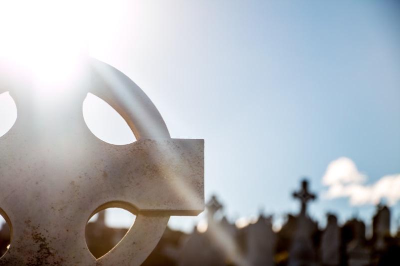 Lápides em um cemitério