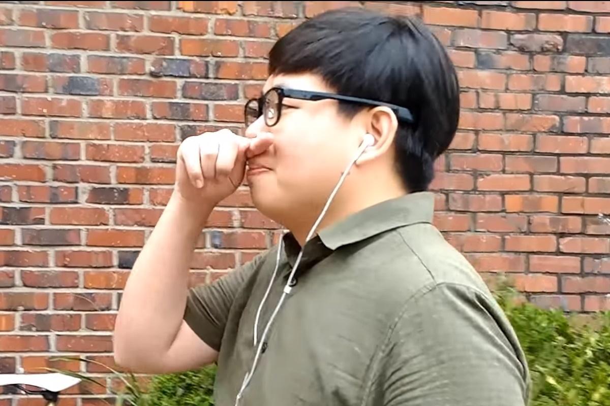Óculos inteligentes permitem controlar smartphone com gestos no nariz f268f90d51
