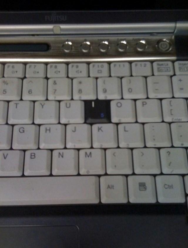 Um perto de um teclado