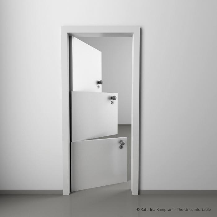 uma porta branca