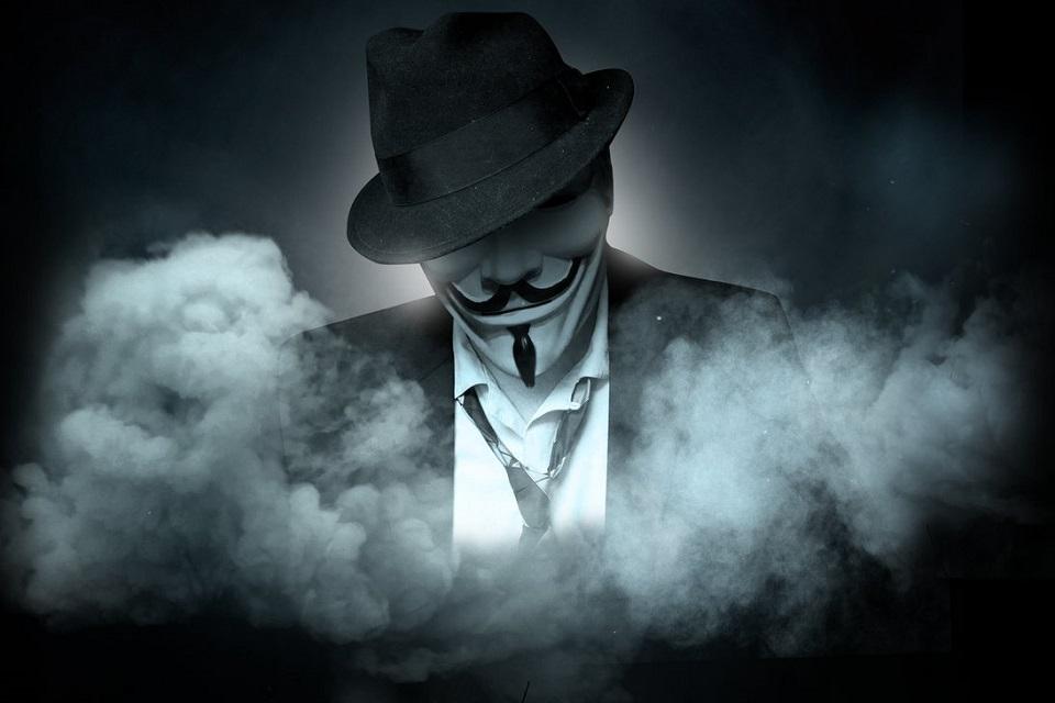 Anonymous derruba site e expõe dados de deputado  da censura na internet  b63a65cf6d4a5