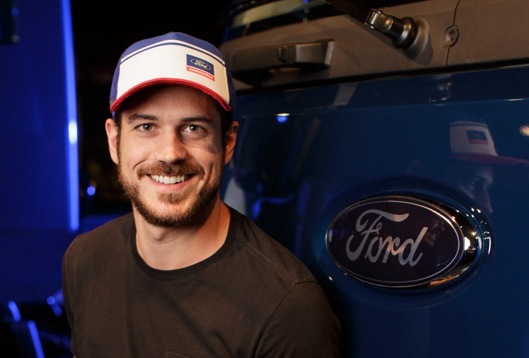 """Ford desenvolve um """"smartboné"""" para caminhoneiros não dormirem ao volante -  TecMundo 60ace990997"""