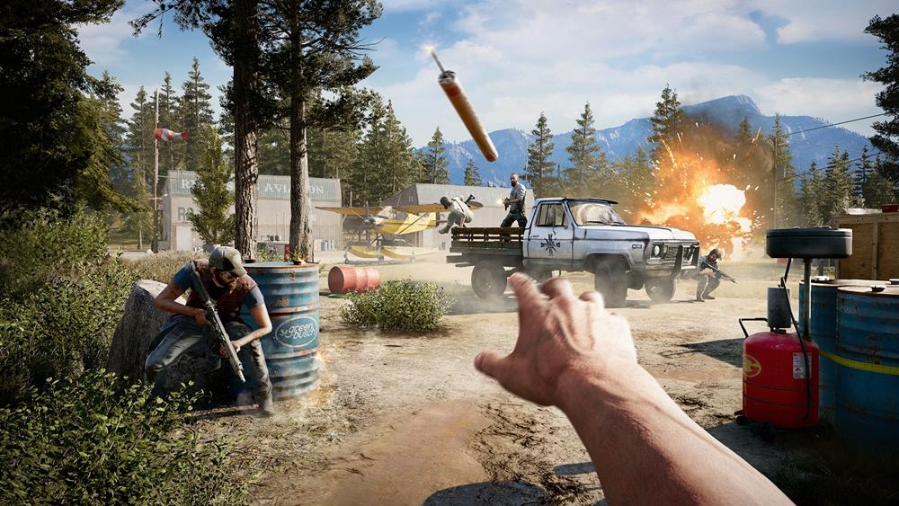 Far Cry 5 combate aliados