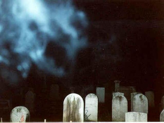 Espectro no cemitério