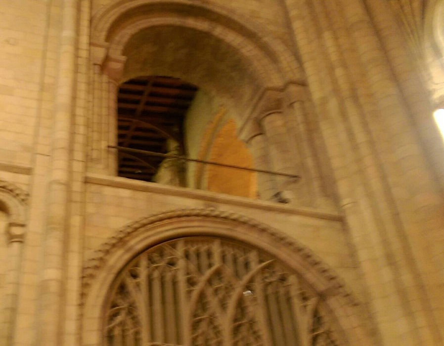 Fantasma em igreja medieval