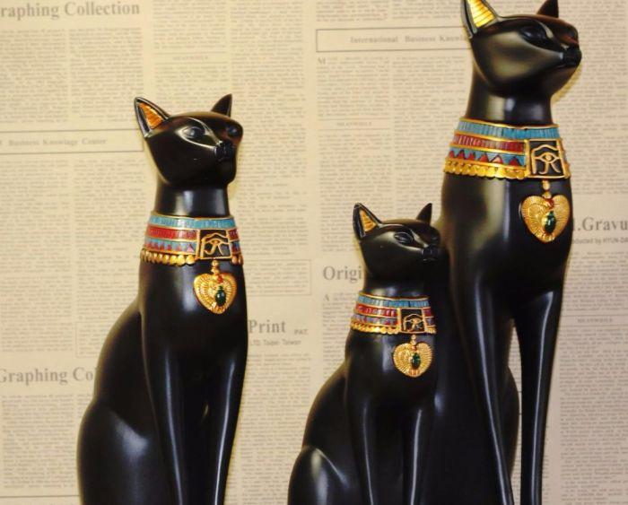 No Antigo Egito, os gatos, inclusive os pretos, eram adorados como deuses (Crédito: Reprodução)