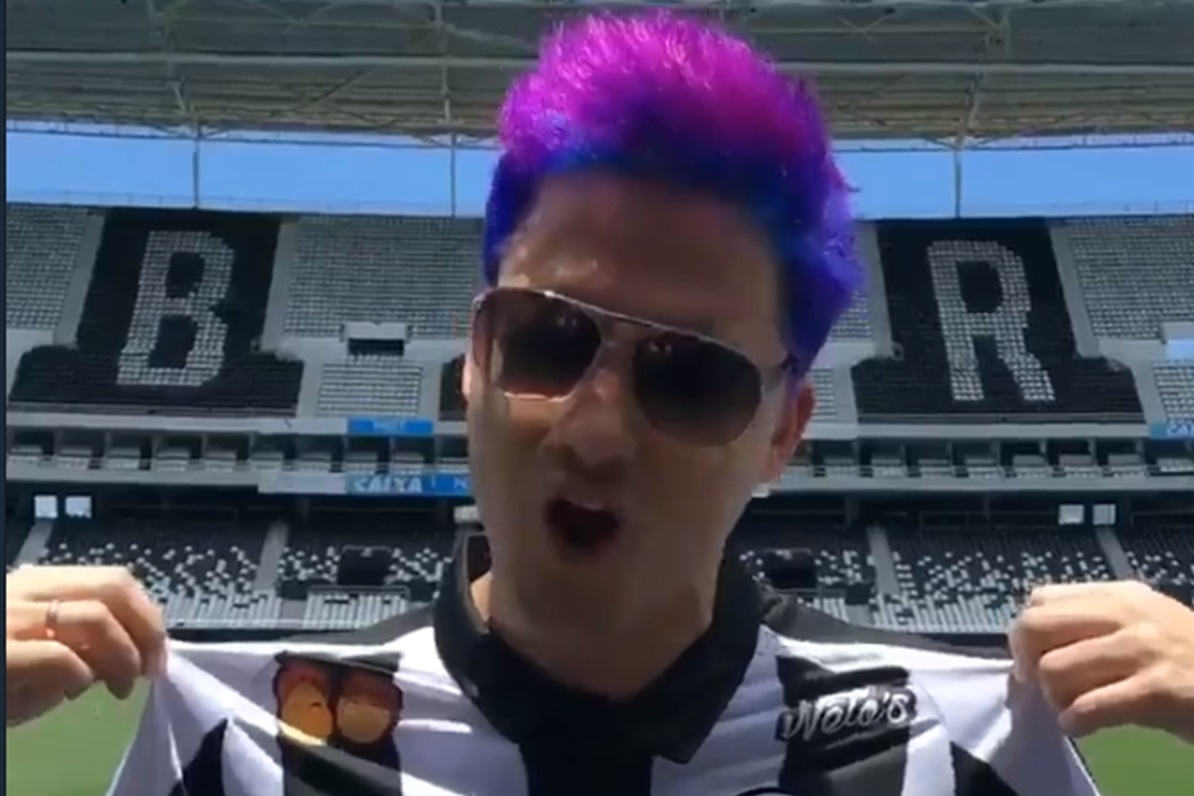 Marca de coxinhas de Felipe Neto fecha patrocínio com o Botafogo - TecMundo 49cfe376e2ffe
