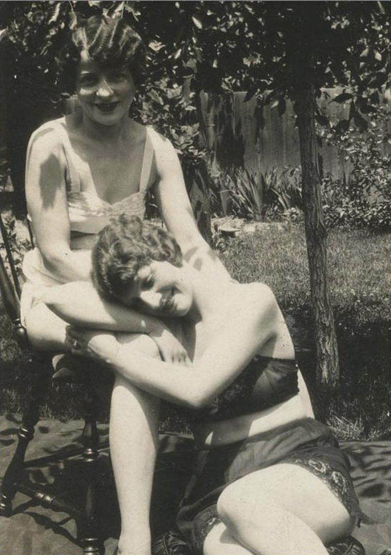 fotos antigas casais lésbicos