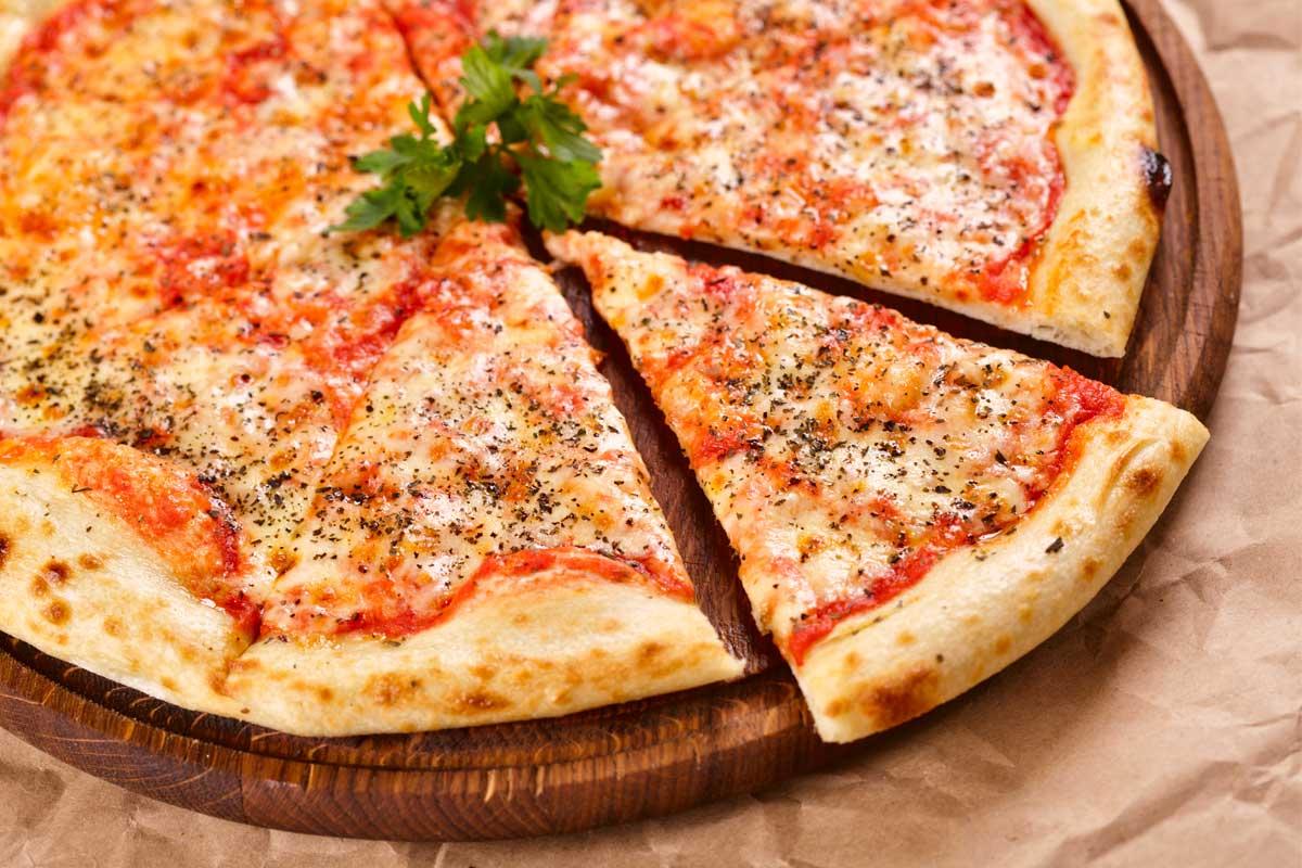 Uma pizza apetitosa