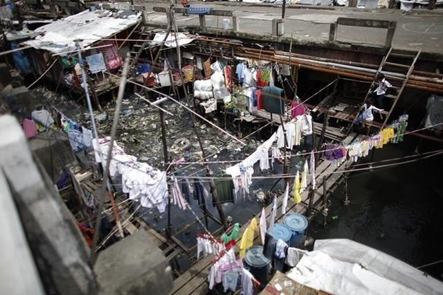 abaixo da linha da pobreza